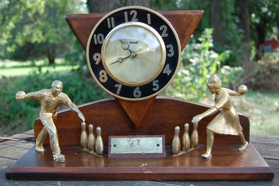Vintage Kitschy Bowling Trophy Mantle Clock