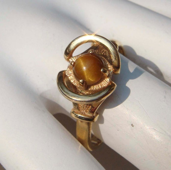 Vintage Sarah Coventy Genuine Tiger Eye Ring
