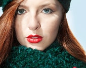 Sample Sale Half Price - Green Chunky Hat and Scarf with Rose Detail