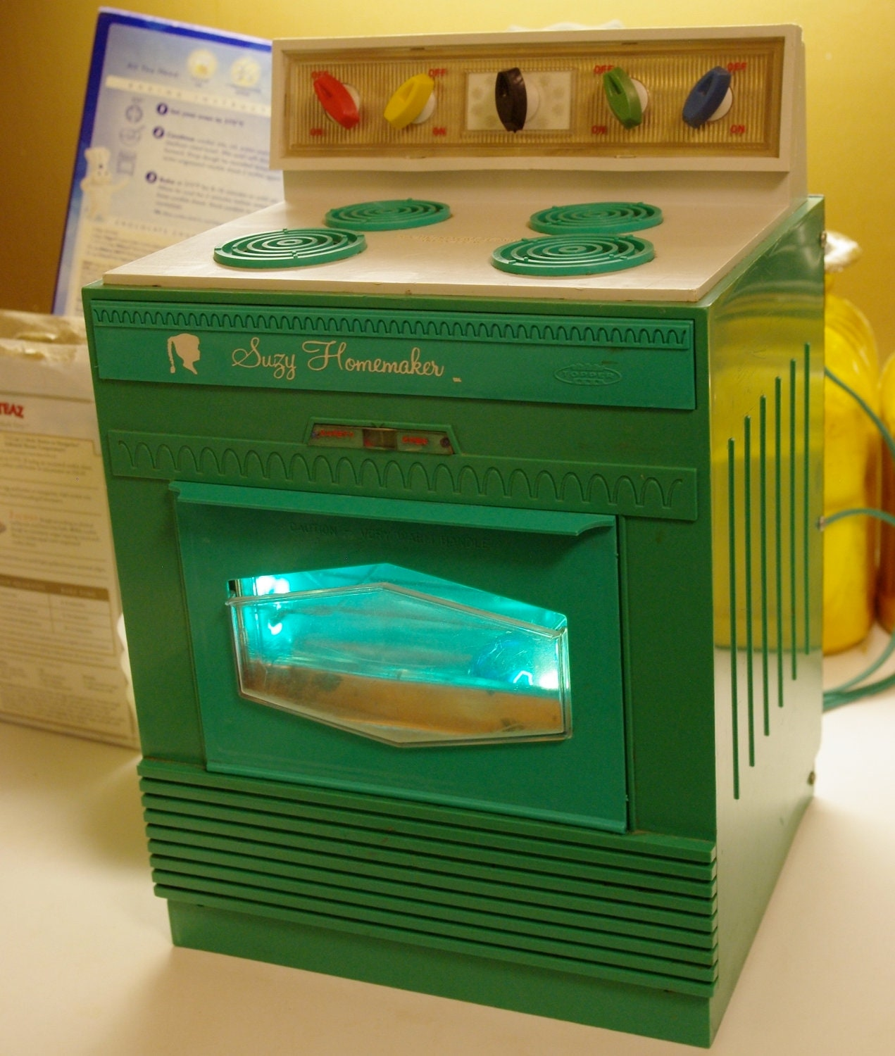 60s SUZY HOMEMAKER OVEN Retro Topper Toy Turquoise Light Up