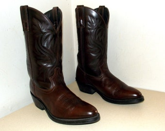 Laredo Cowboy Brown leather boots size 9 D or cowgirl size 10.5
