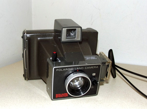 Vintage Polaroid Land Camera Square Shooter