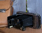 Vintage German Ihagee Folding Camera