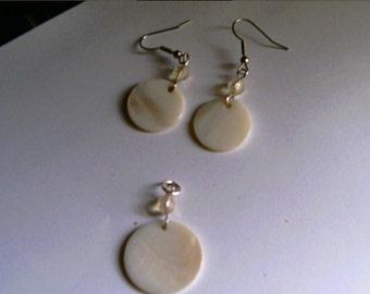 Handmade Mother of Pearl Pendant Earrings Set Cool Summer White