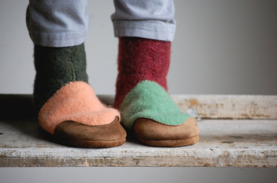 Kids Wool Slippers, Leather Soles, Eco Friendly, sizes 7.5, Fall and Winter