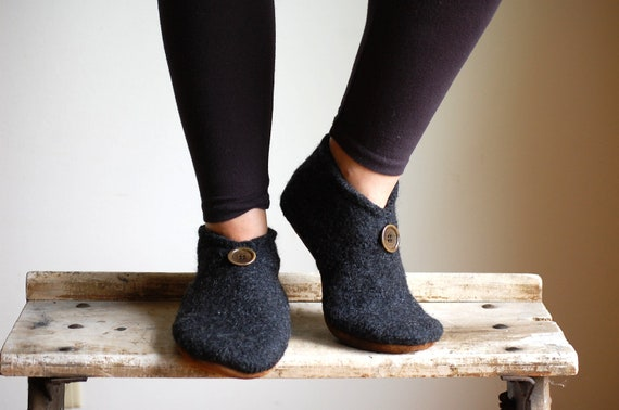 Women House Shoes, Wool with Leather Bottoms, women size 6.5, 8, Dimples of Your Smile, SALE