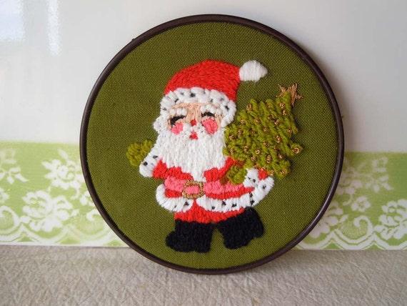 Get 40% OFF Vintage Needlepoint Crewel Santa Claus Wall Hanging Decoration