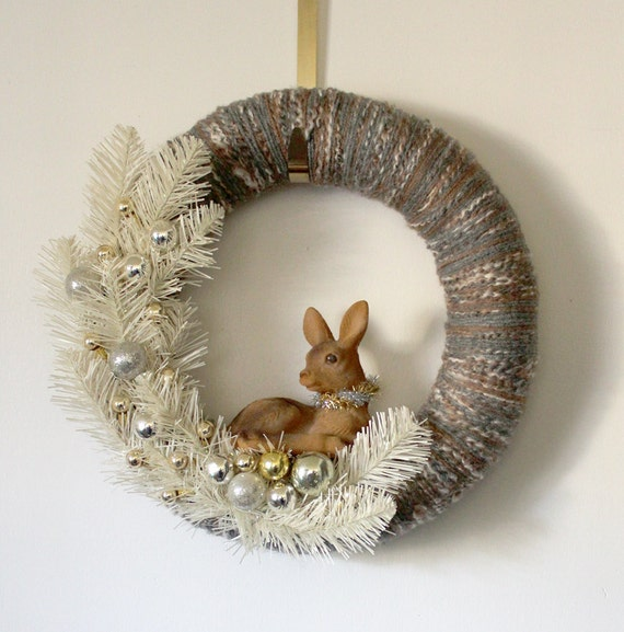 Deer Wreath, Holiday Wreath, Christmas Wreath, Yarn and Felt Wreath - 14 inch size