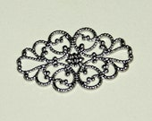 Silver Color, Vintage Style, Brass Filigree Flower Wraps, Connectors, 30mm x 20mm, 200 Pieces, Wholesale
