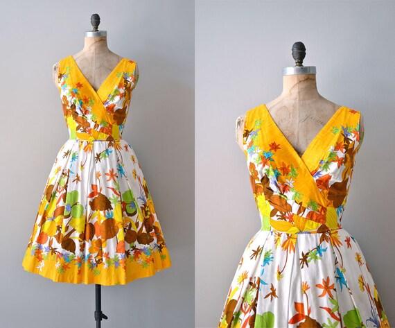 vintage 1950s dress / cotton 50s dress / floral print / Trifoliata dress