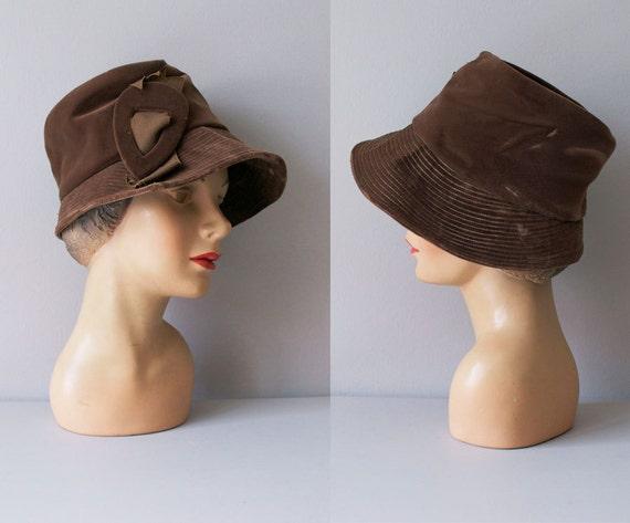 1950s hat / 50s cloche hat / Ganache cloche
