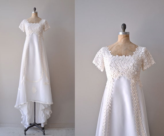 60s Wedding Dress / 1960s White Dress / Thing Of Beauty Gown