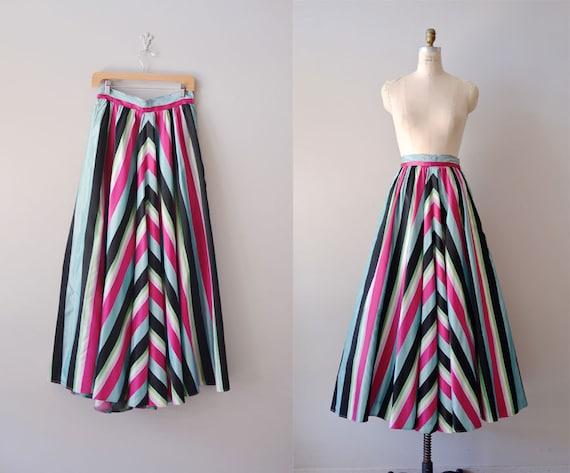 1940s skirt / taffeta 40s skirt / Gift Wrapped