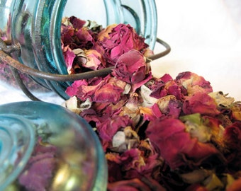 Dried Rose Petals and Buds organic dried flowers 1 ounce sample size- free shipping- Potpourri, Wedding Toss, Crafting Dried Roses