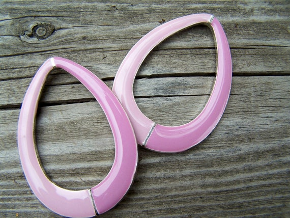 Vintage Supplies, Pendant , Enamel Pendant ,Pinky Purple Pastles , 2 inch Pewter Drops matched pair