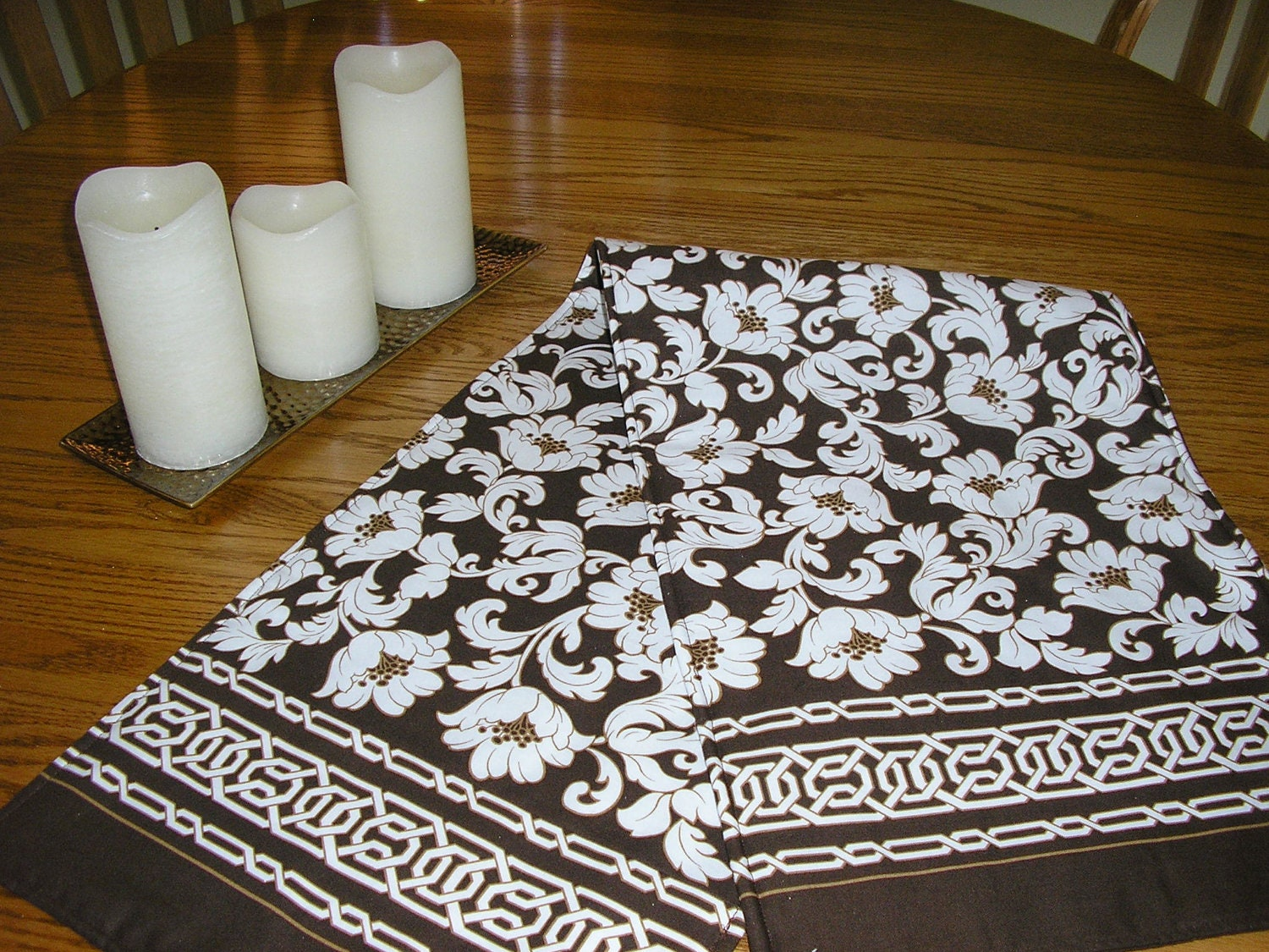 Table runner brown and white floral runner 12 x 42 inches for 10 minute table runner with batting