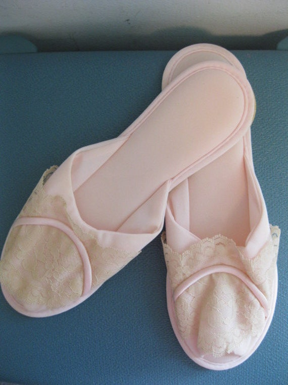 Baby Girl Bedroom Slippers: Vintage Bedroom Slippers PINK And LACE NOS Boudoir Glamour