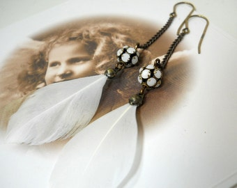 White Feather Bridal Earrings Wedding Jewelry Feather Dangles Vintage Style White Crystal Beaded Drops Boho Chic Bridesmaid Gifts Organic
