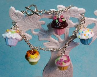 Best Baker Ever Lampwork Cupcake Bracelet