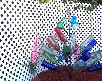 Christmas BOTTLE TREE  Holds 26 Wine Bottles Yard Garden Decor