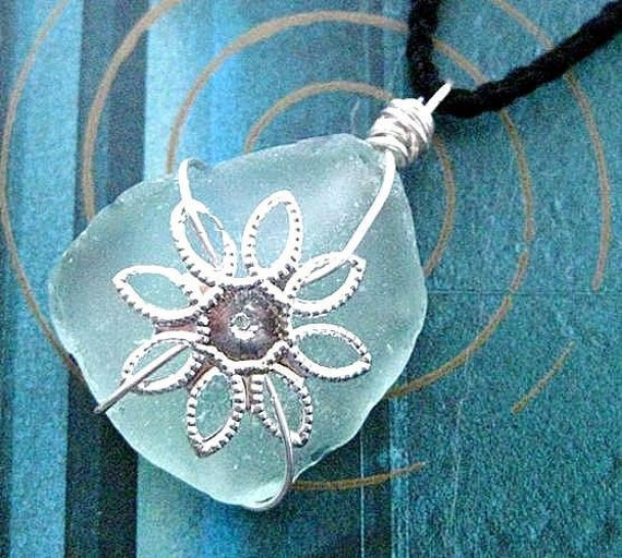 Irish Gifts. Seaglass Pendant Necklace with Flower Motif or Christmas Ornament. Sea Flora