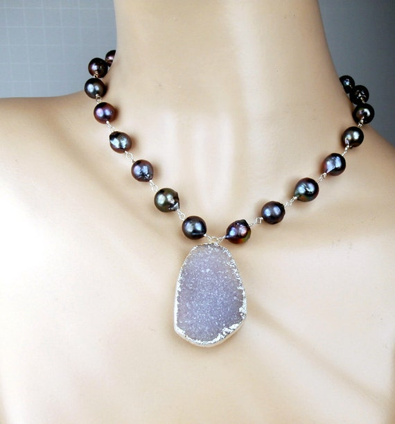 Large Druzy Necklace Wire Wrapped Peacock Pearl Lavender Druzy Crystal Choker Necklace Bold Druzy Statement Necklace Bohemian Beach Wedding
