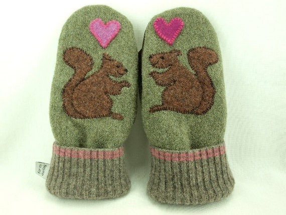 Wool Mittens Squirrel Appliqued Mittens Moss Green, Brown and Pink Fleece Lining Suede Palm Up Cycled Eco Friendly Size M