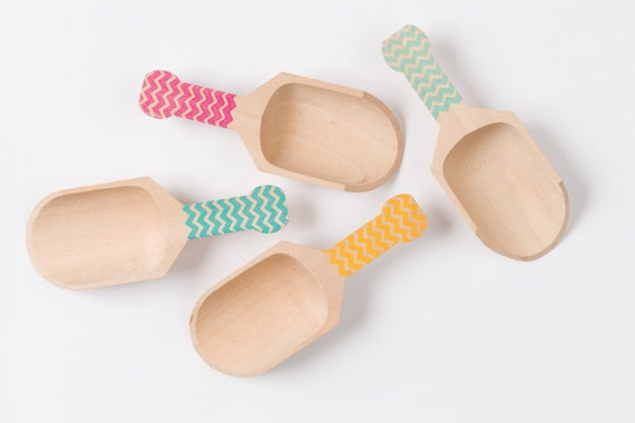 Mini Chevron Scoops - 4 scoops - Great For Serving Toppings - Classic Chevron