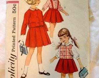 Vintage Simplicity  Pattern Size 5 4121