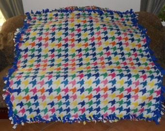 Houndstooth Print on White Dark Blue Back Fleece Tie Blanket No Sew Fleece Blanket Fleece Throw Knotted Blanket 60x72 Approximate size