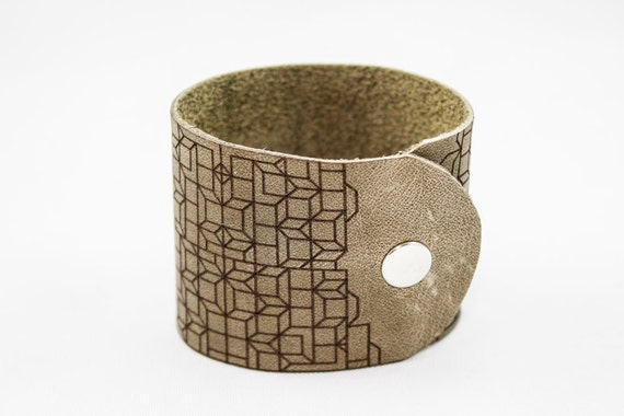 Leather Cuff Bracelet - Geometric Pattern - Laser Engraved (Olive Green)