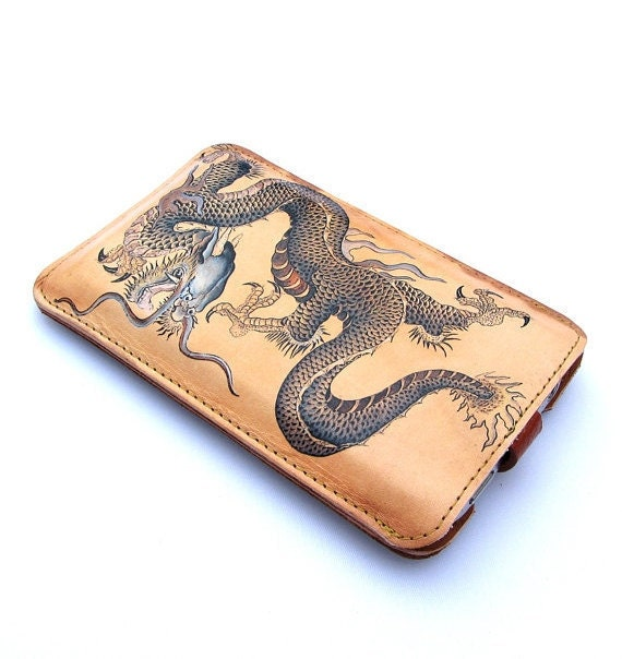 Leather iPhone 4 / 4s case - Dragon tattoo design