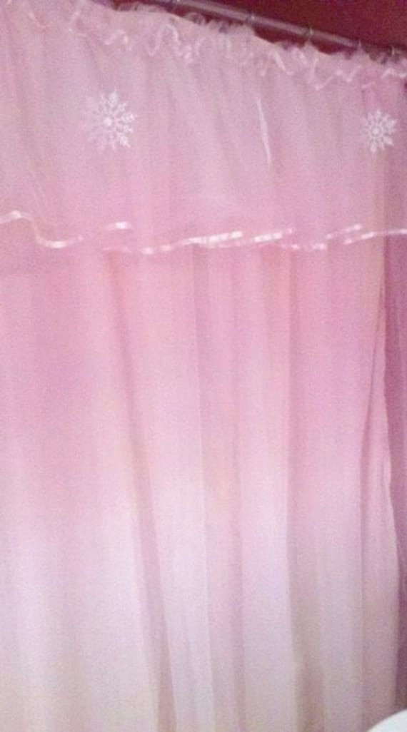 Custom made tulle shower curtain by letitsnowgingerbread on etsy