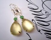 LEMON ICE, Vintage Pale Yellow Earrings, Rhinestone Drop Earrings, Bridesmaids Jewelry, Spring Wedding