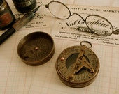 Highly Efficient Two Part Antique Brass London Compass