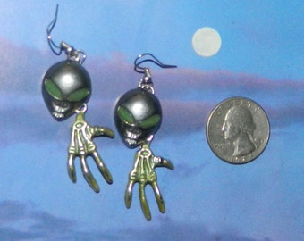 Alien Abduction Earrings, UFO Extraterrestrial Flying Saucer