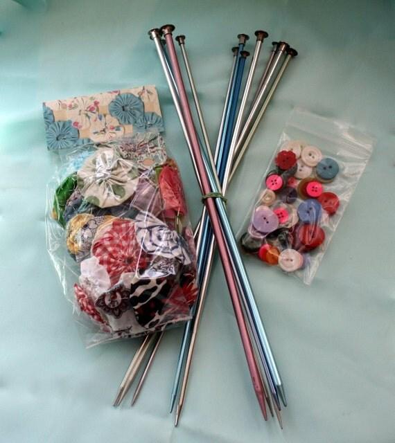 Vintage Feedsack Fabric Yoyo Flower Kit