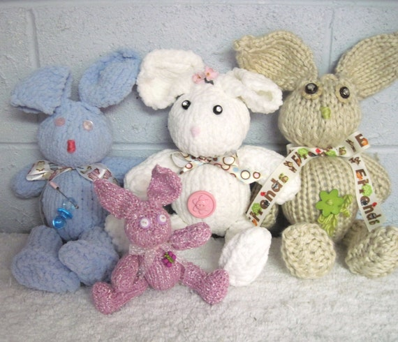 Buddy Bud Bunny  Pattern   Knitted