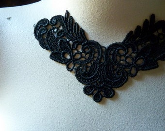 Lace Applique in Black Venice Lace for Statement Necklaces, Jewelry Supply, Altered Couture, Costume Design SBLA 502
