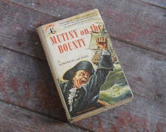 Miniature Book --- Mutiny on the Bounty