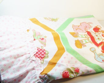 "VINTAGE Strawberry Shortcake Curtain Panel Set, Collectible, Size 41"" X 35"" Sears Brand, Ruffled Curtains Retro Home Decor Pink Girl's Room"