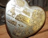 Antique 1930's NEW ORLEANS Souvenir Heart Shaped Compact
