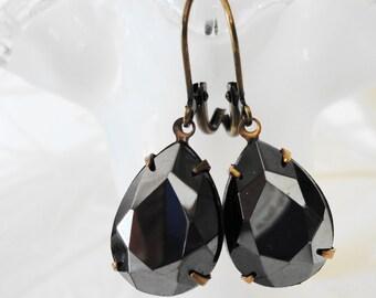 FREE Shipping Estate Earrings Black Vintage Marcasite Glass Jewel Retro Old Hollywood Bridal Gift  Rhinestone pear German