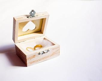 Rustic Ring Bearer Pillow, Ring Bearer Box, Pillow Alternative - Vintage Wooden White Rustic Boho