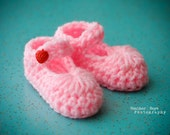 Crocheted Baby Shoes. Vibrant Pink Mary Janes with Vintage Red Strawberry Buttons. 3 to 6 months.