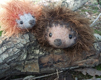 Hedgehog mama and baby plush toys, hedgehog toy, hand knit and felted stuffed hedgehogs, stuffed animal hedgehog, made to order