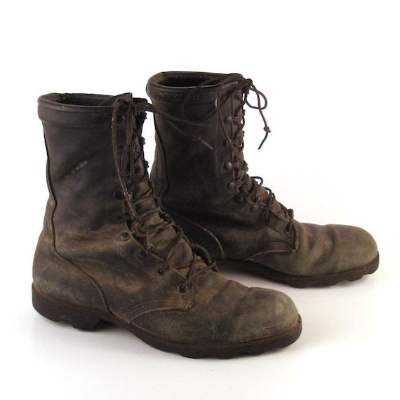 Combat Boots Men's Vintage 1980s Black Leather Distressed Lace Up Grunge men's 11 W