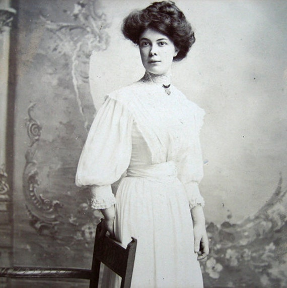 Antique Edwardian photo, lady in white, 1900s