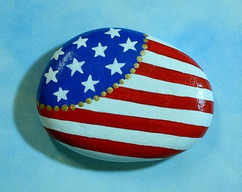 Labor Day-American flag-painted rock-military patriotic-red white & blue-stars stripes-tableweight-napkin weight-bbq patio decor-autumn find