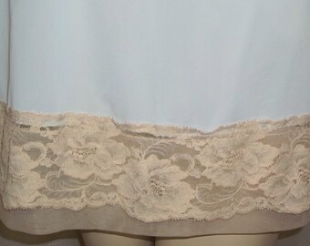 Vintage Blue Beige Lace Short Half Slip Nylon Small